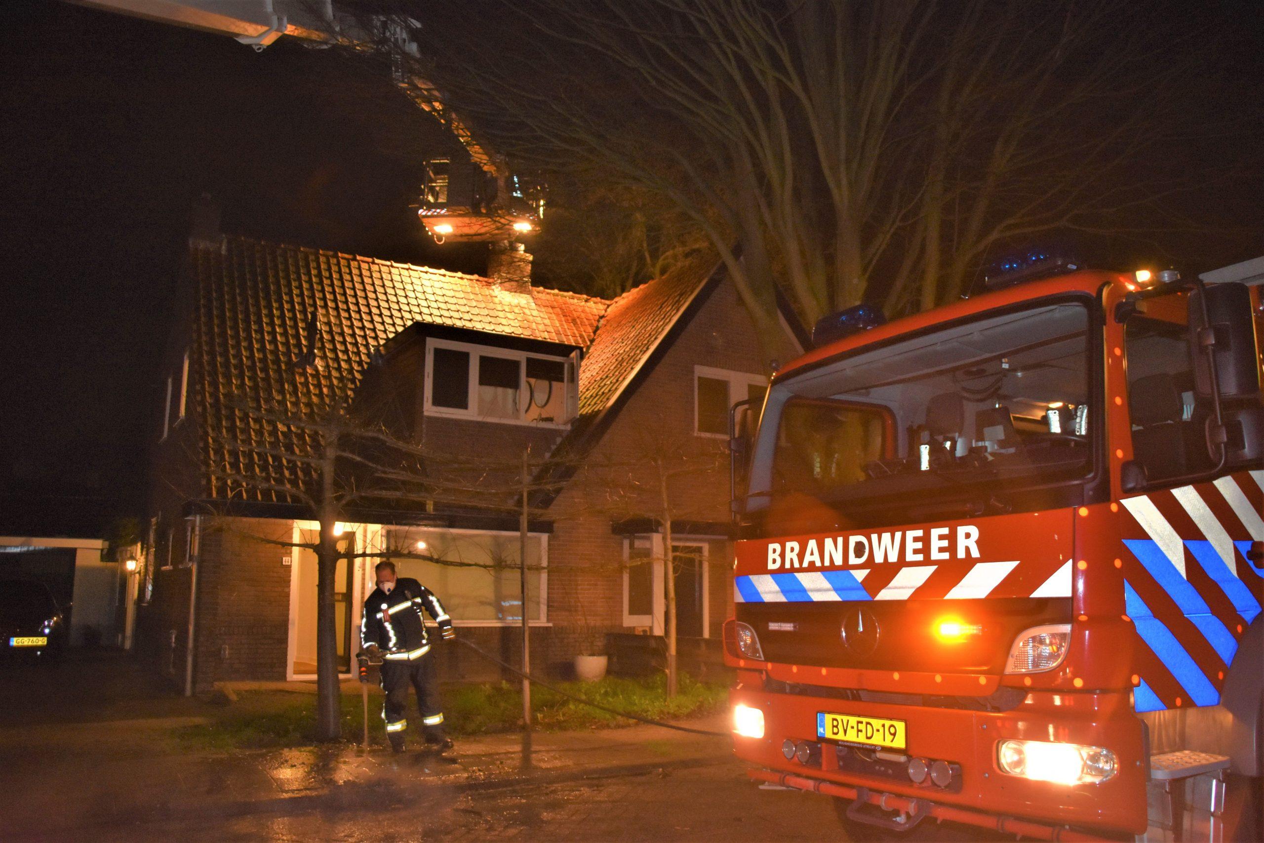 Overburen ontdekken schoorsteenbrand