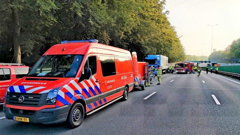 Bijstand brandweer Soesterberg bij verkeersongeluk